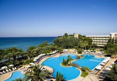 Sani Beach Hotel&Spa 5*